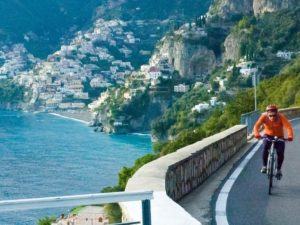 cycling along the amalfi coast